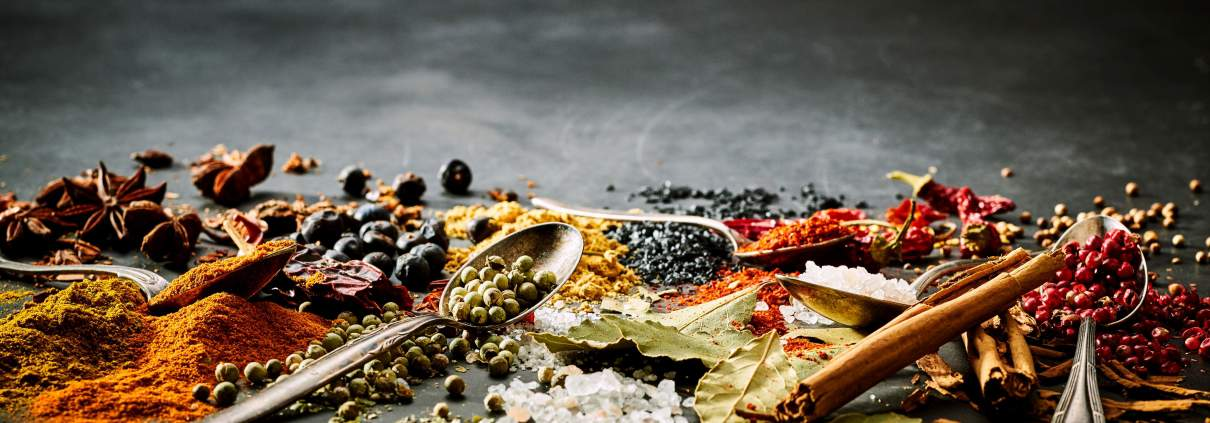 Gewürze, Salze, Gewürzmischungen, BBQ-Rubs, Kräuter